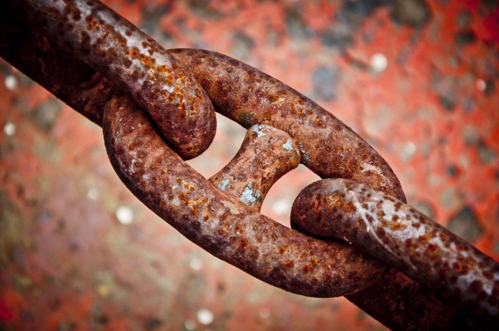 chain-rust-macro-metal-reptile-close-up-1087626-pxhere.com